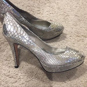 WHBM Silver Metallic Snake Print Heels